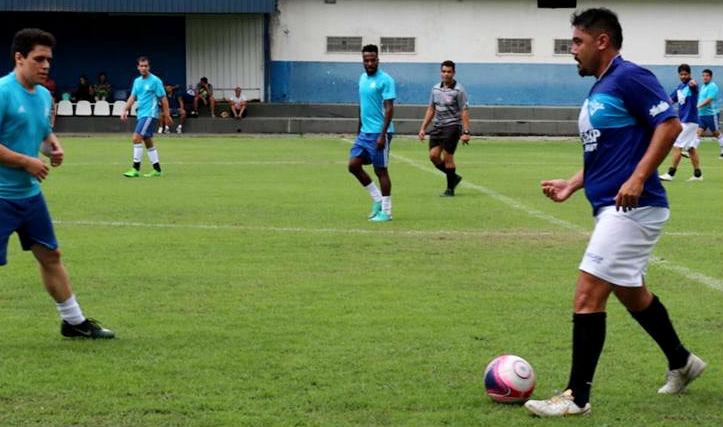 Campeonatos internos de futebol retornam com muitos gols