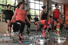 Power Jump contribui para um alto gasto calórico e tornear músculos