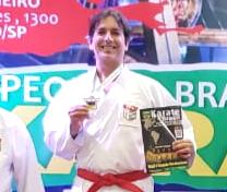 Atleta Yara Clube fatura o Paulista e vaga no Brasileiro de Karatê