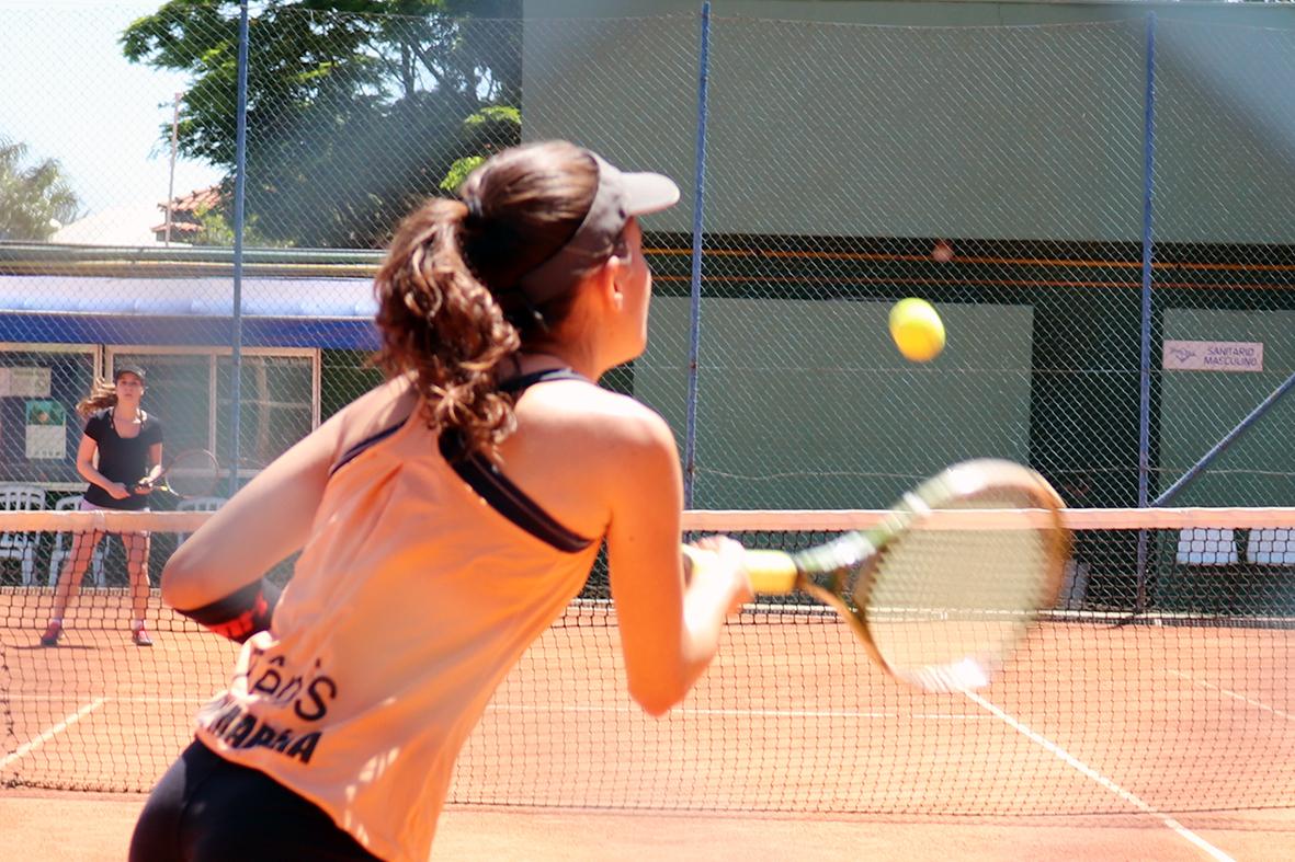 Yara Clube recebe 20 atletas no 2º Torneio de Tênis Feminino