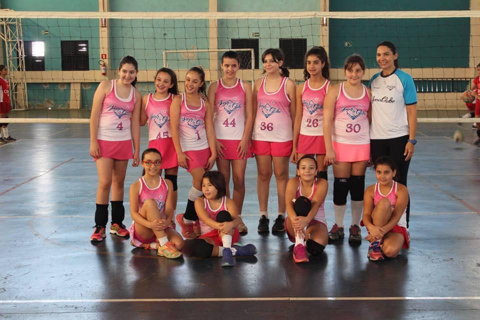 Equipe de voleibol do Yara se destaca na 1ª fase do Campeonato Oásis de Volei Feminino